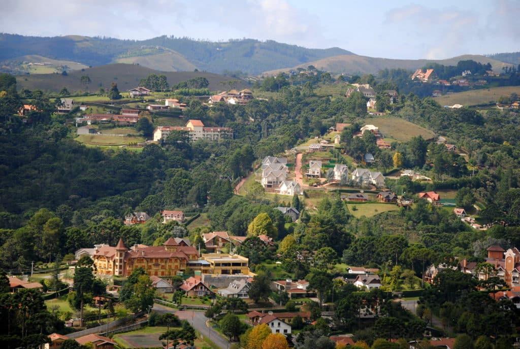 Vista da cidade de Campos do Jordão do Morro do Elefante - Foto: Leandro Neumann Ciuffo via Flickr