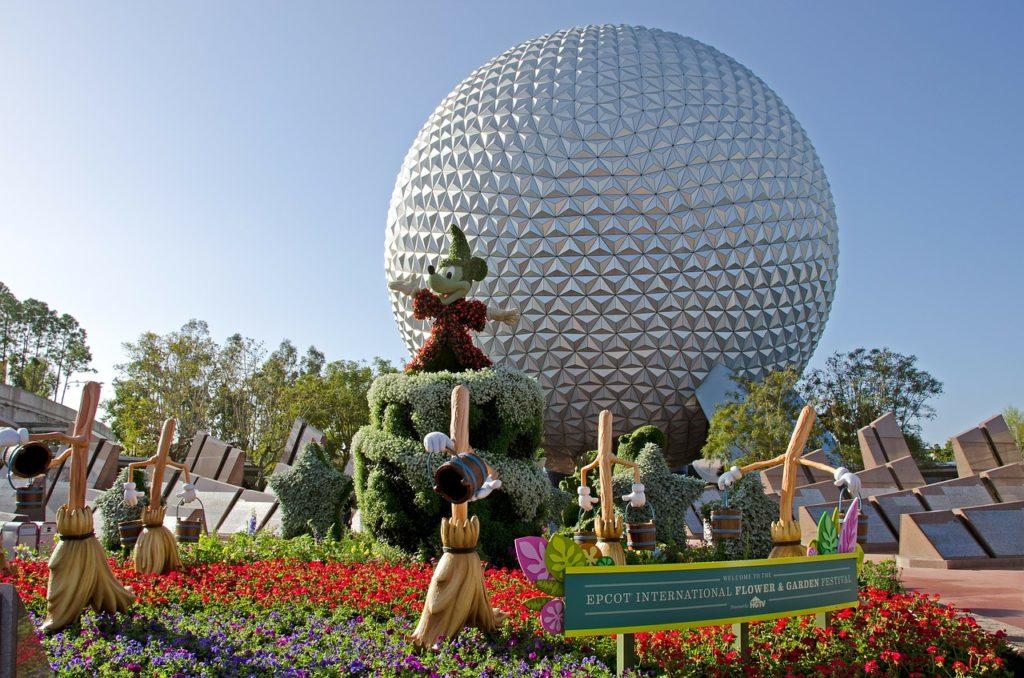 O Mickey todo florido no Epcot International Flower