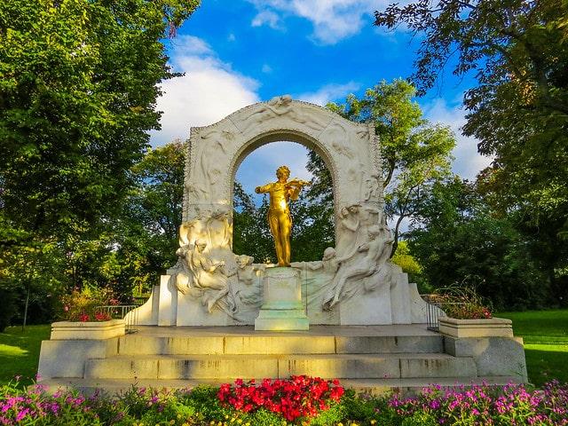 o Monumento de Johann Strauss no Stadtpark