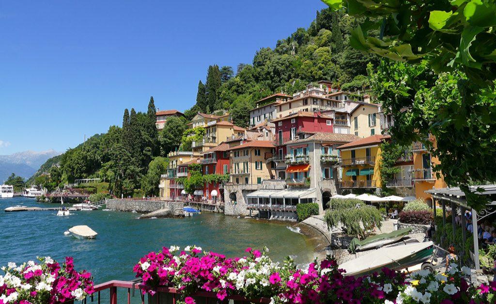 O Lago di Como, a 1 hora de Milão, vela a pena conhecer.