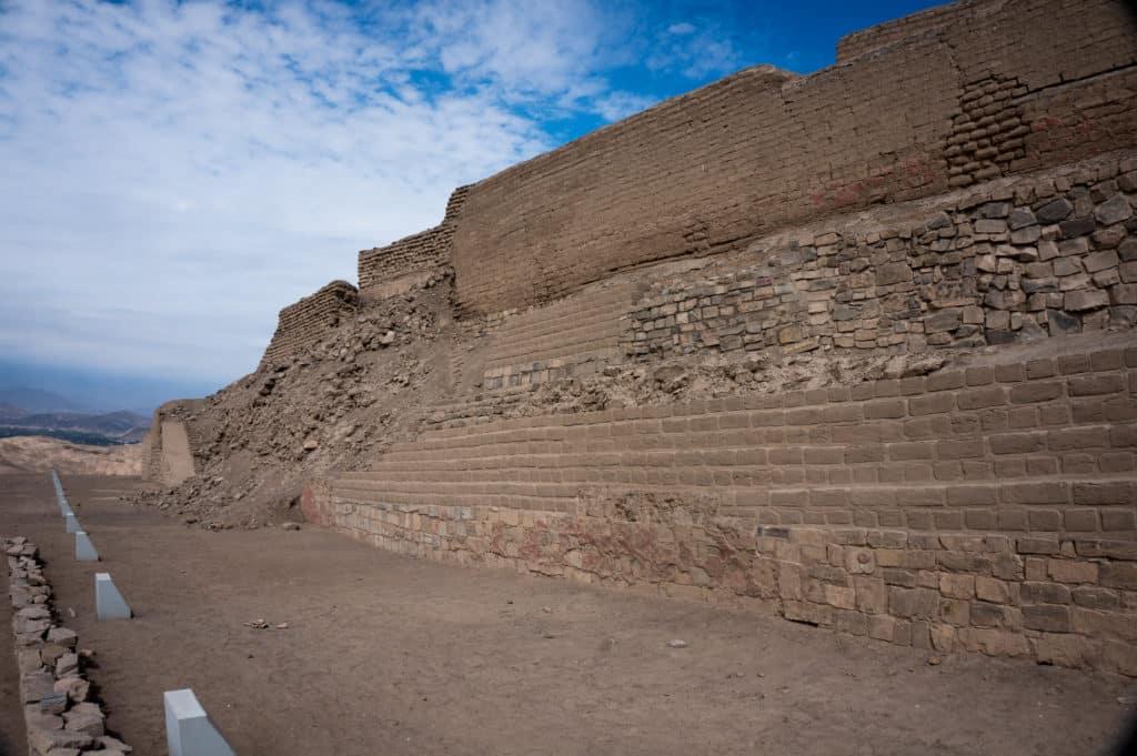 Vista das ruínas de Pachacámac, no Peru, uma das opções de o que fazer em Lima