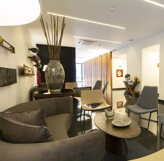 Sala de estar do Tierra Viva Centro, hotel em Lima.
