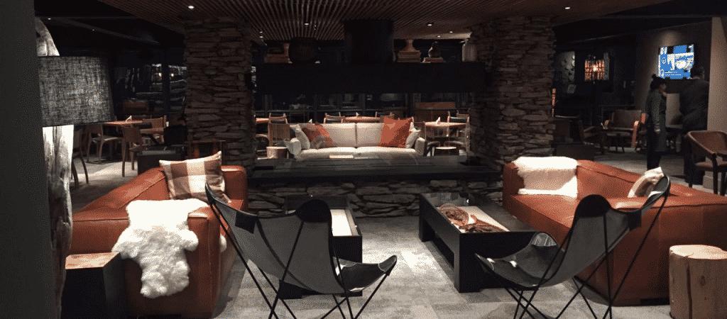 Espaço interno do Valle Lounge, bar do Valle Nevado. Foto oficial Valle Nevado