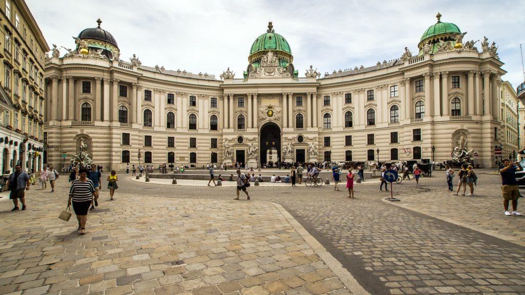 Vista do palácio de Hofburg, atração principal em viena pontos turísticos.