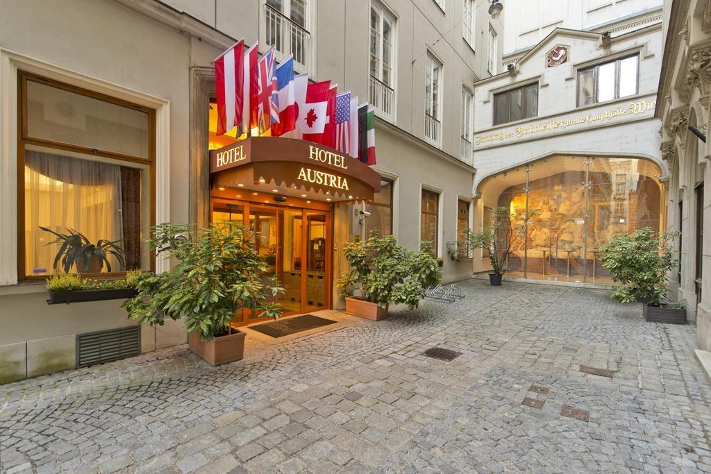 Fachada Hotel Austria