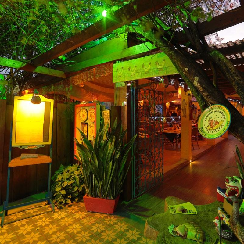 Ideal para um jantar romântico com pratos deliciosos, o Beijupirá Porto de Galinhas