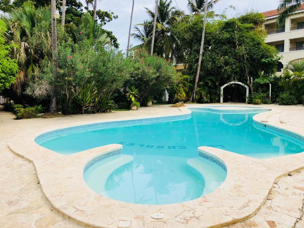 Coral Villas Private Beach Resort - piscina