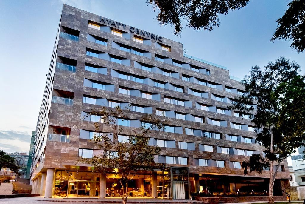 Fachada de um dos melhores hoteis de luxo em Lima, o Hyatt Centric