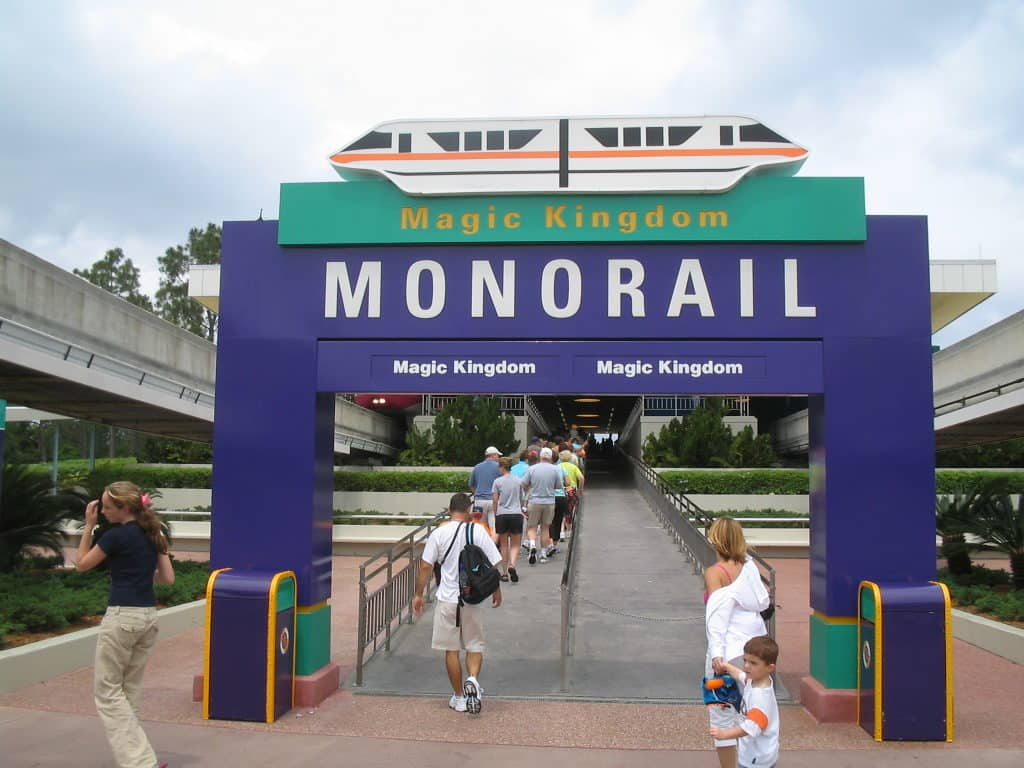 Entrada do Monorail no Magic Kingdom