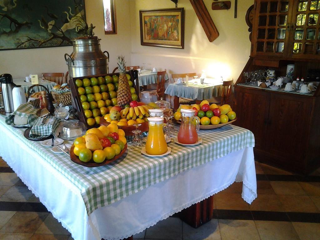 Pousada Monte Imperial café da manhã