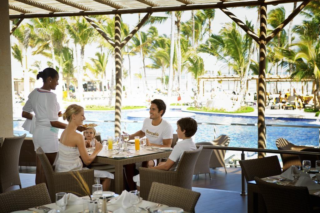 Em Punta Cana Resorts o que não falta são opções de restaurantes - para todos os gostos. O da foto é do Barceló Bavaro.