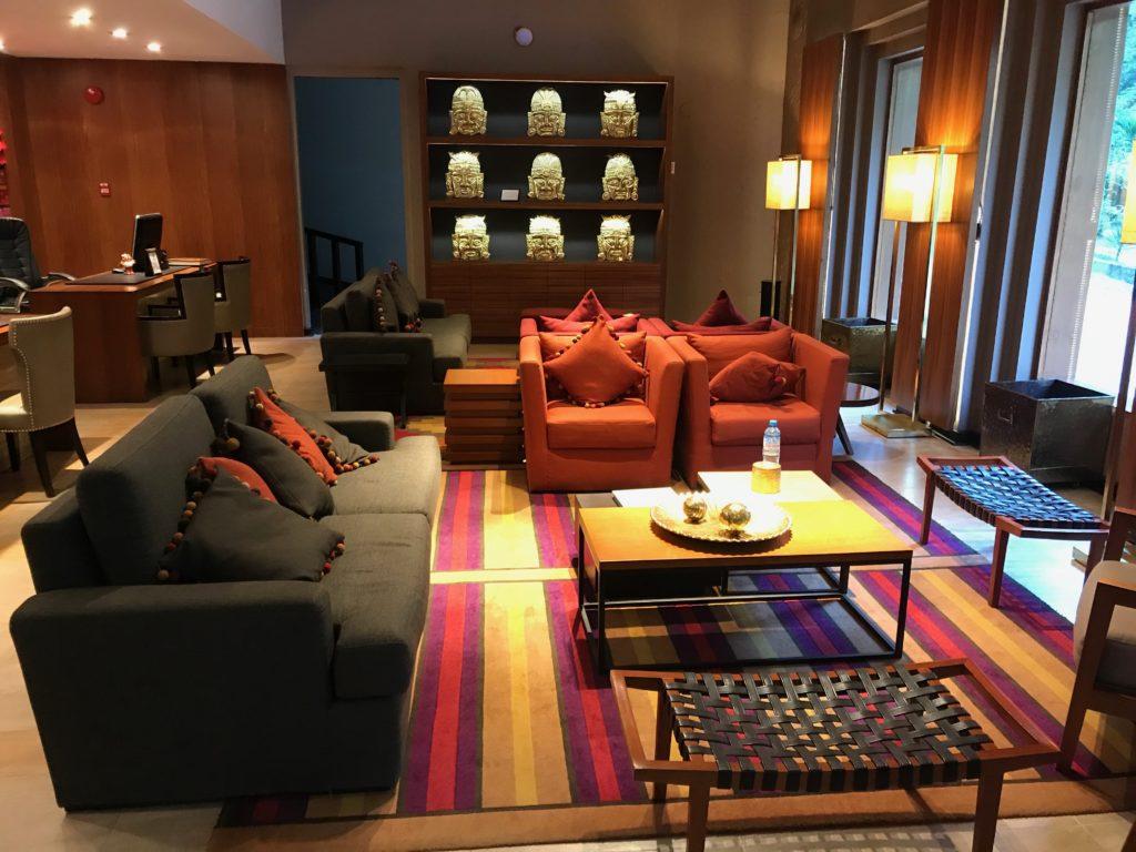 A decoração inca no Sumaq, um dos hoteis de luxo em Machu Picchu