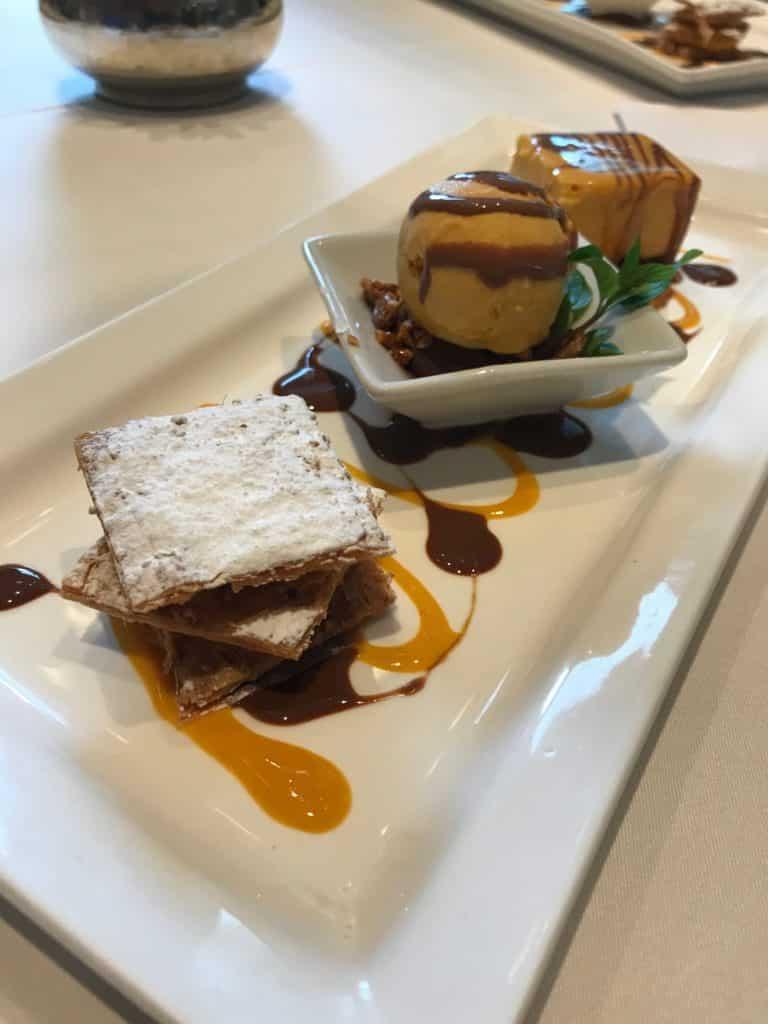Sobremesa do almoço do restaurante Perroquet