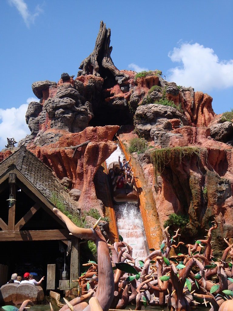 Foto do brinquedo Splash Mountain no Disney Magic Kingdom