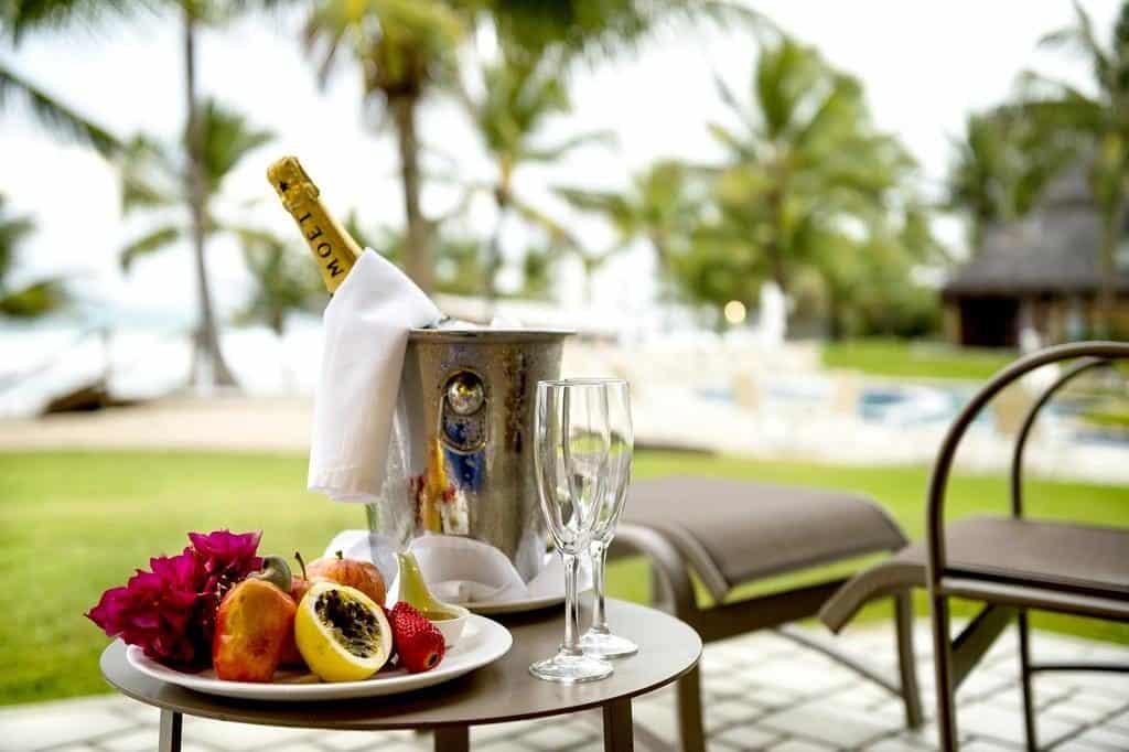 Champanhe e frutas com vista para o mar em Porto de Galinha!