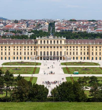 Vista do Palácio de Schonbrunn, atração turística e um dos hotéis em Viena