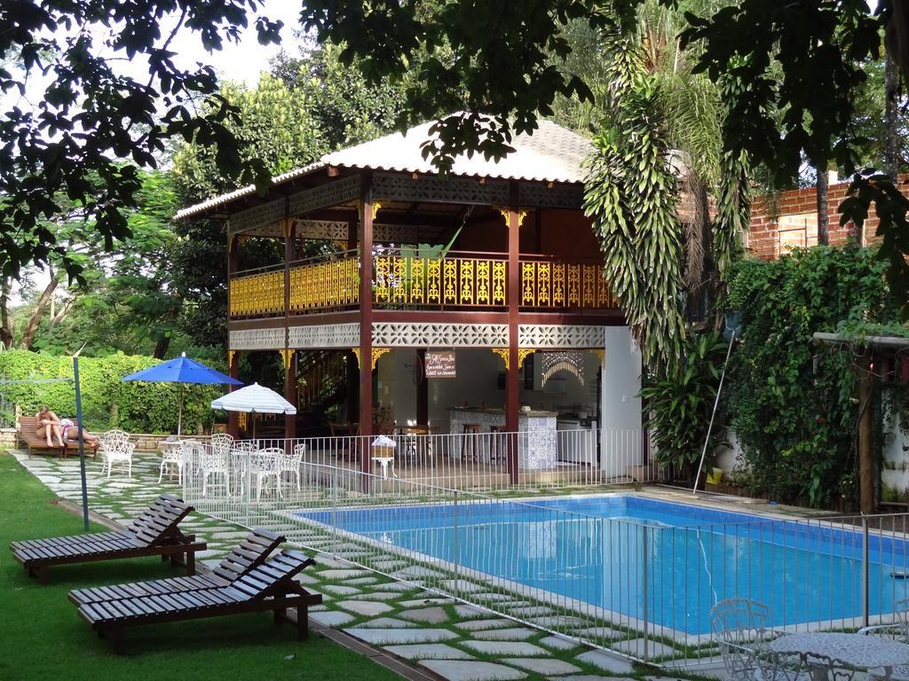 Áerea comum com piscina da Pousada Villa Bia em Pirenópolis