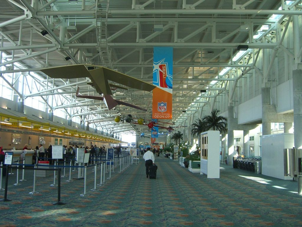 Foto de área do aeroporto internacional de Fort Lauderdale