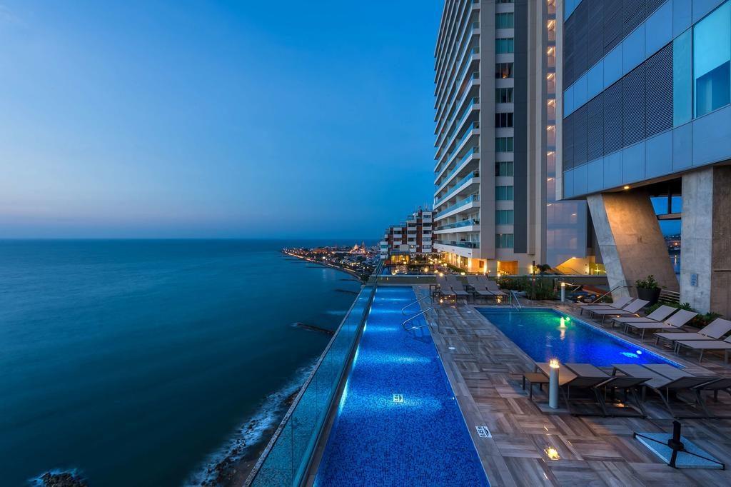 piscina do Hyatt Regency Cartagena, uma ótima opção de hotel na cidade