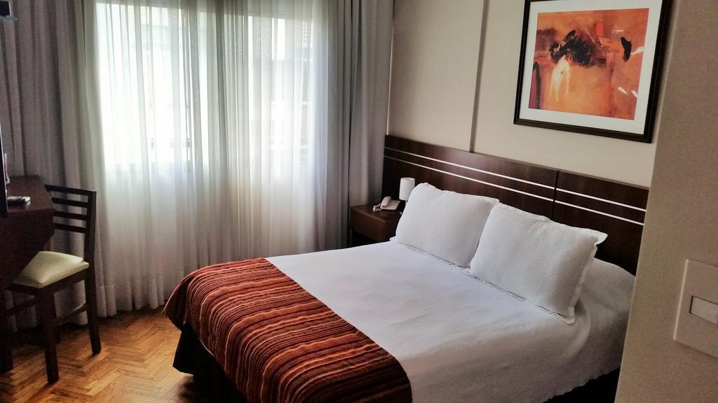 Quarto de casal do Hotel América - vinicolas Uruguai