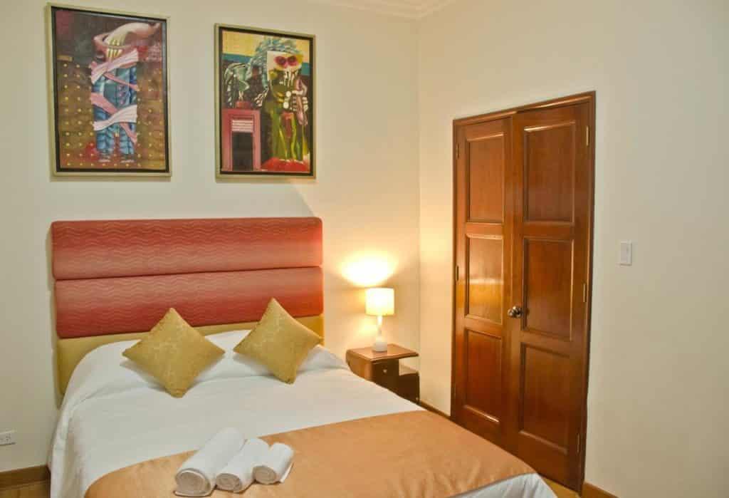 Foto de quarto no Larq'a Park Rooms, uma das opções de onde ficar em Lima