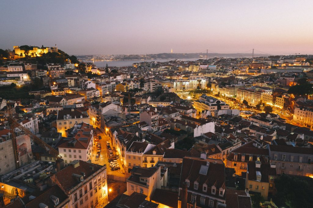 O que o seguro viagem Portugal cobre?