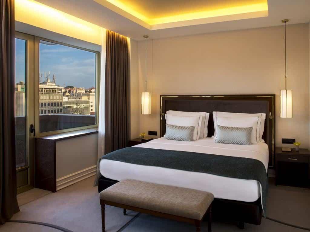 Suíte de casal no Hotel Tivoli em Lisboa