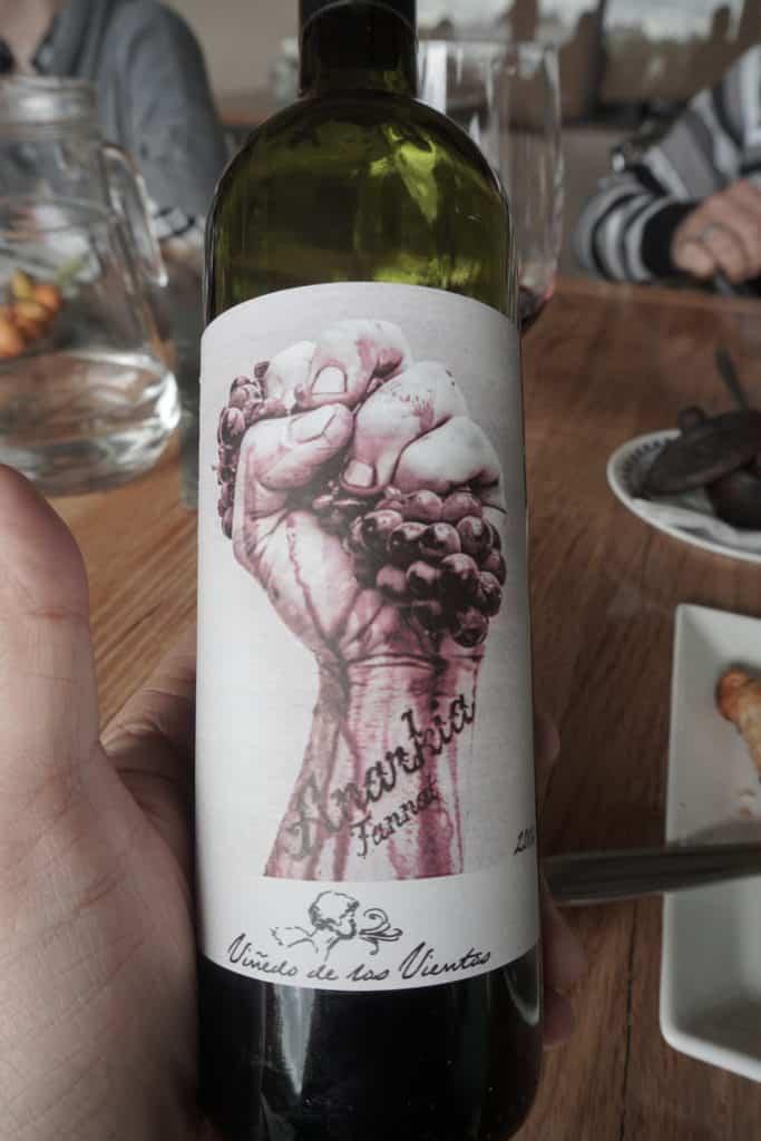 O vinho Anarki das vinicolas do Uruguai