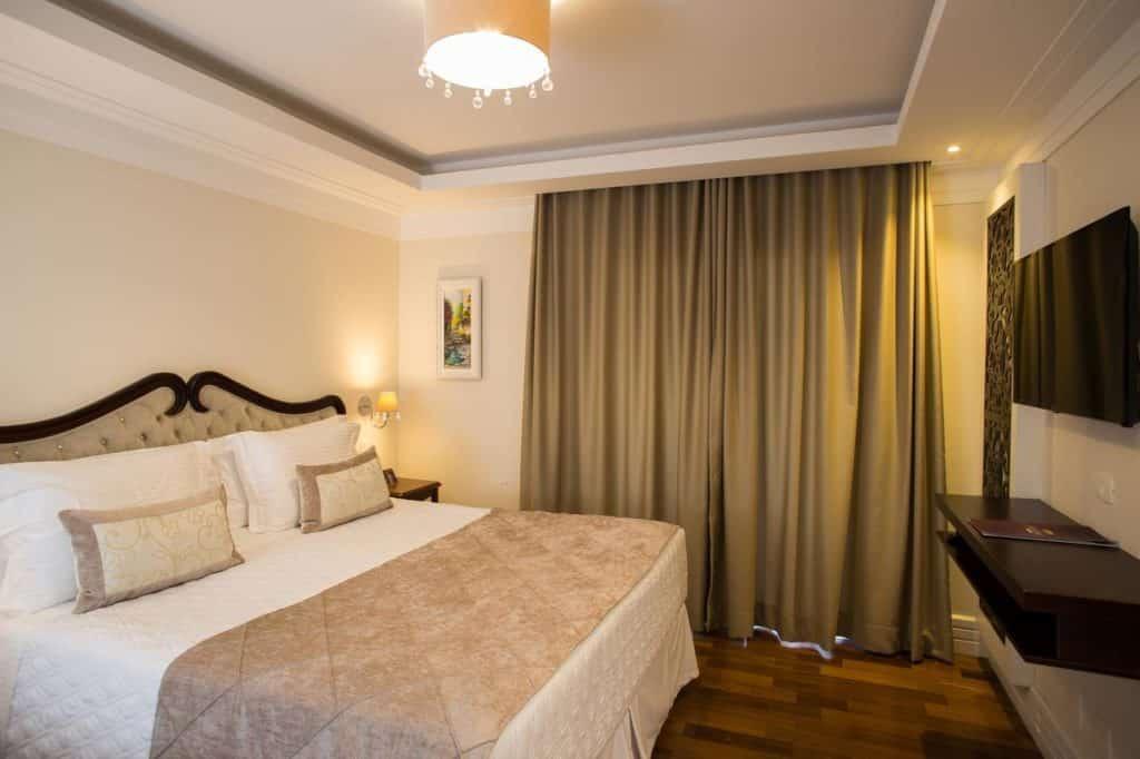 Quarto do Hotel Estoril em Campos do Jordão