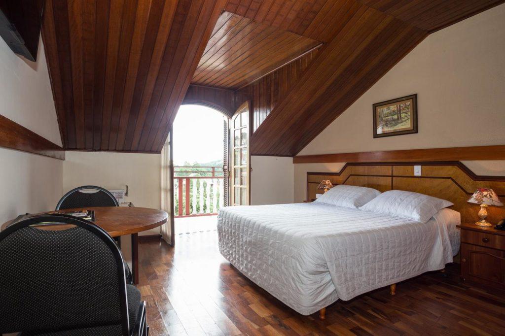 Quarto do Hotel Leão da Montanha
