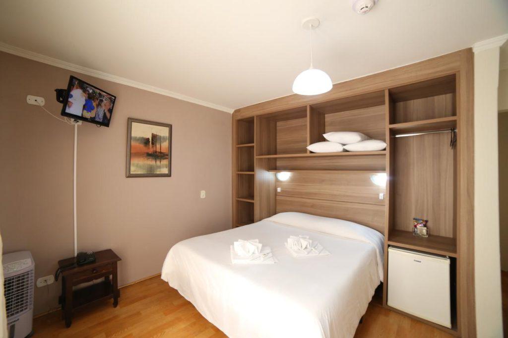 Quarto do JB Hotel em Campos