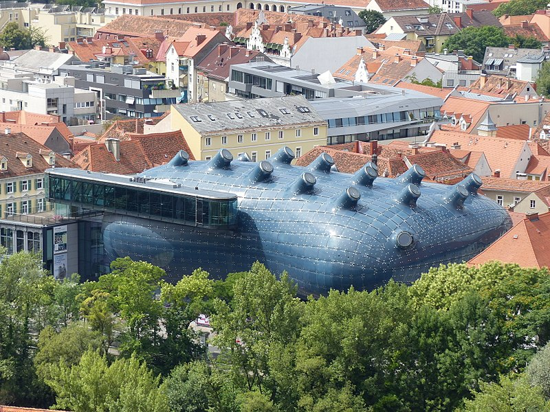 O prédio super diferente do Kunsthaus Graz