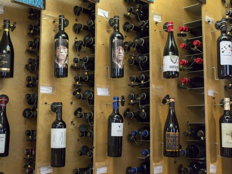 Exposição de vinhos no La Carte des Vins