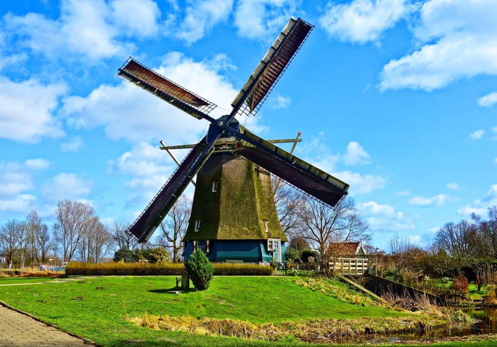 O moinho de vento, uma das marcas registradas da Holanda