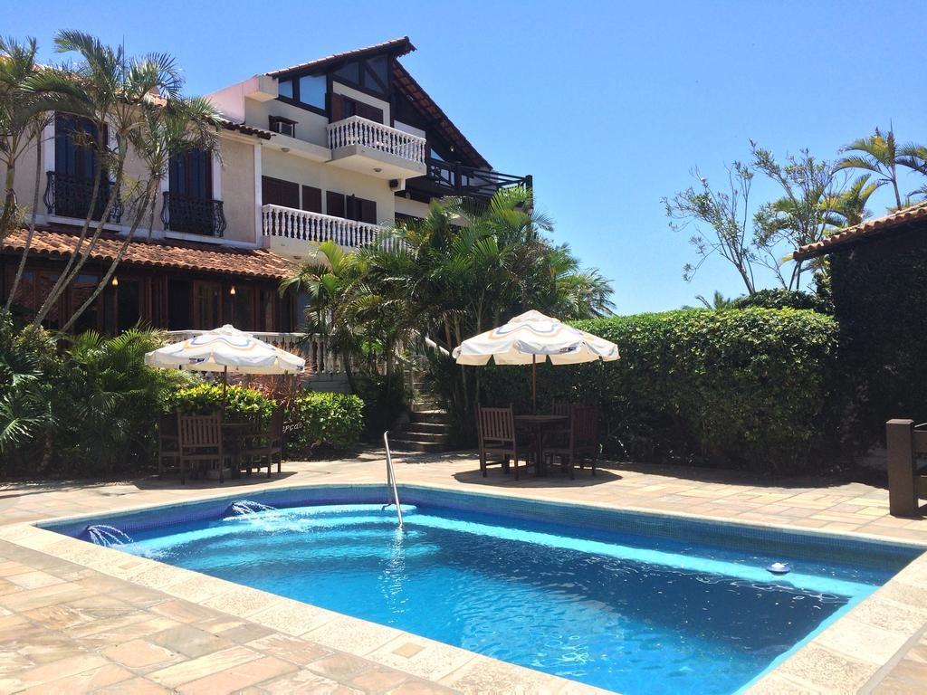 Área da piscina na Pousada Caminho do Sol