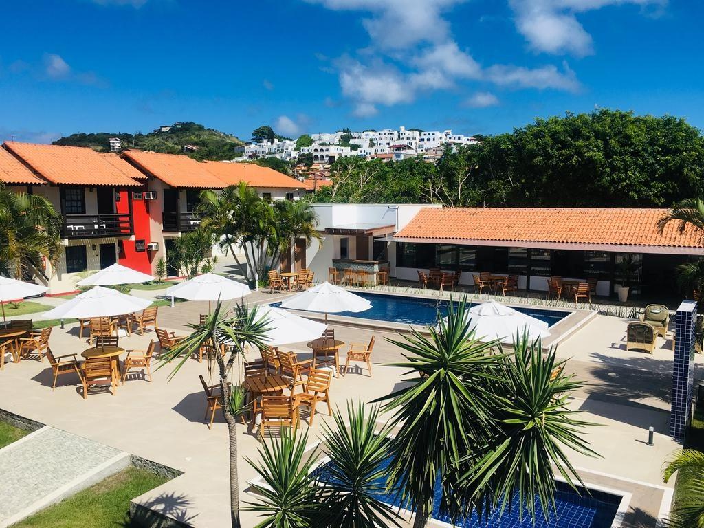 Área da piscina da Pousada do Timoneiro em Arraial do Cabo lua de mel