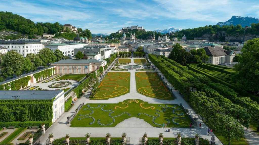 Os jardins do Palácio Mirabel