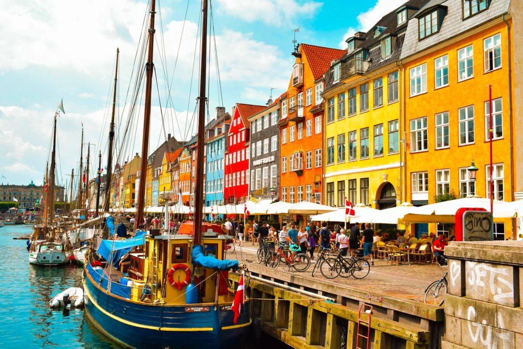 A cidade de Copenhagen na Dinamarca - Saiba tudo sobre seguro viagem Dinamarca aqui!