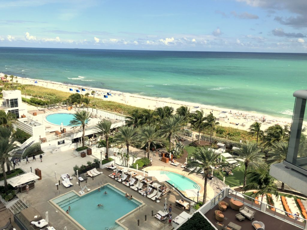 Vista de Miami Beach do Eden Roc