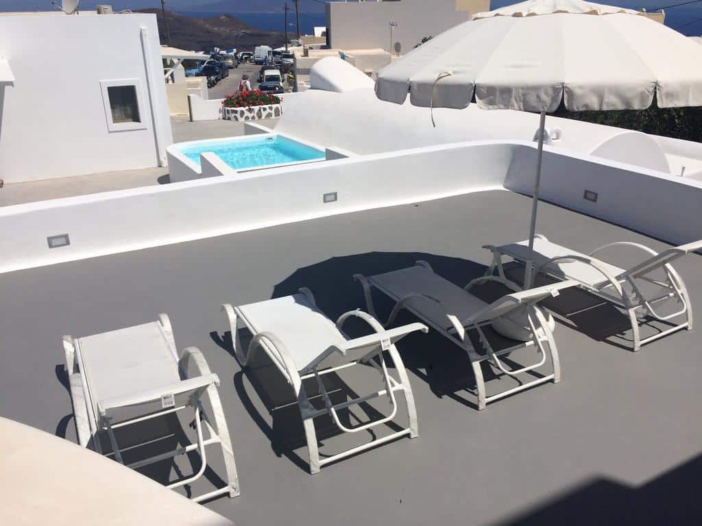 Piscina em Ayoba Santorini - Onde ficar em SAntorini