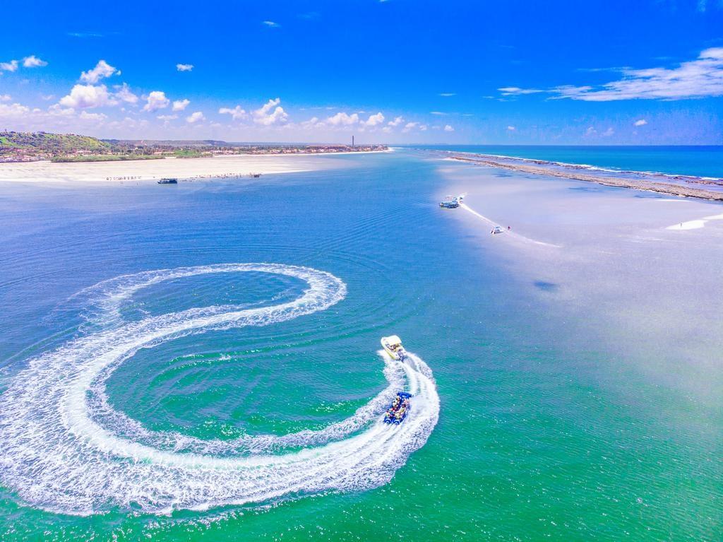 Passeio de lancha nas praias de Barra de São Miguel