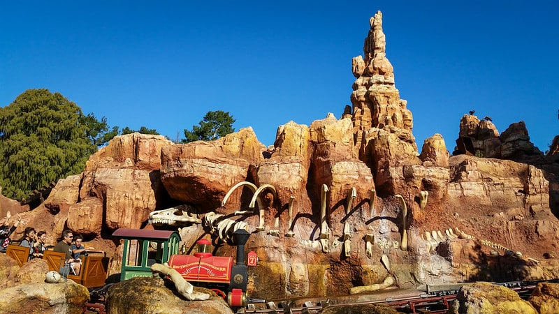 Foto do Big Thunder Mountain Railroad, brinquedo do Disneyland Pakr