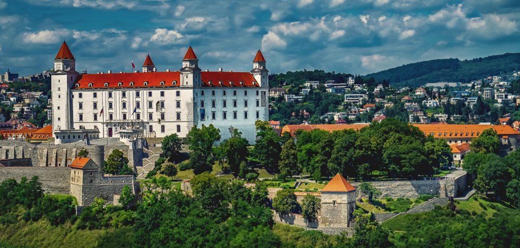 A cidade de Bratislava, a capital da Eslováquia - Saiba tudo sobre seguro viagem para Eslováquia aqui!