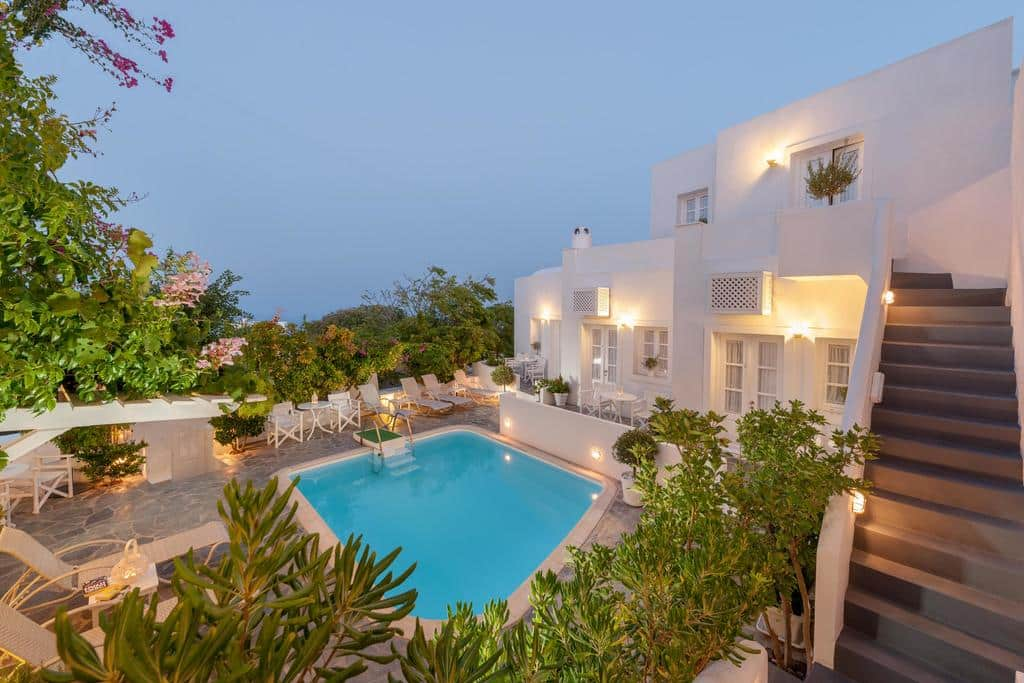 Piscina na Casa Bianca em Santorini