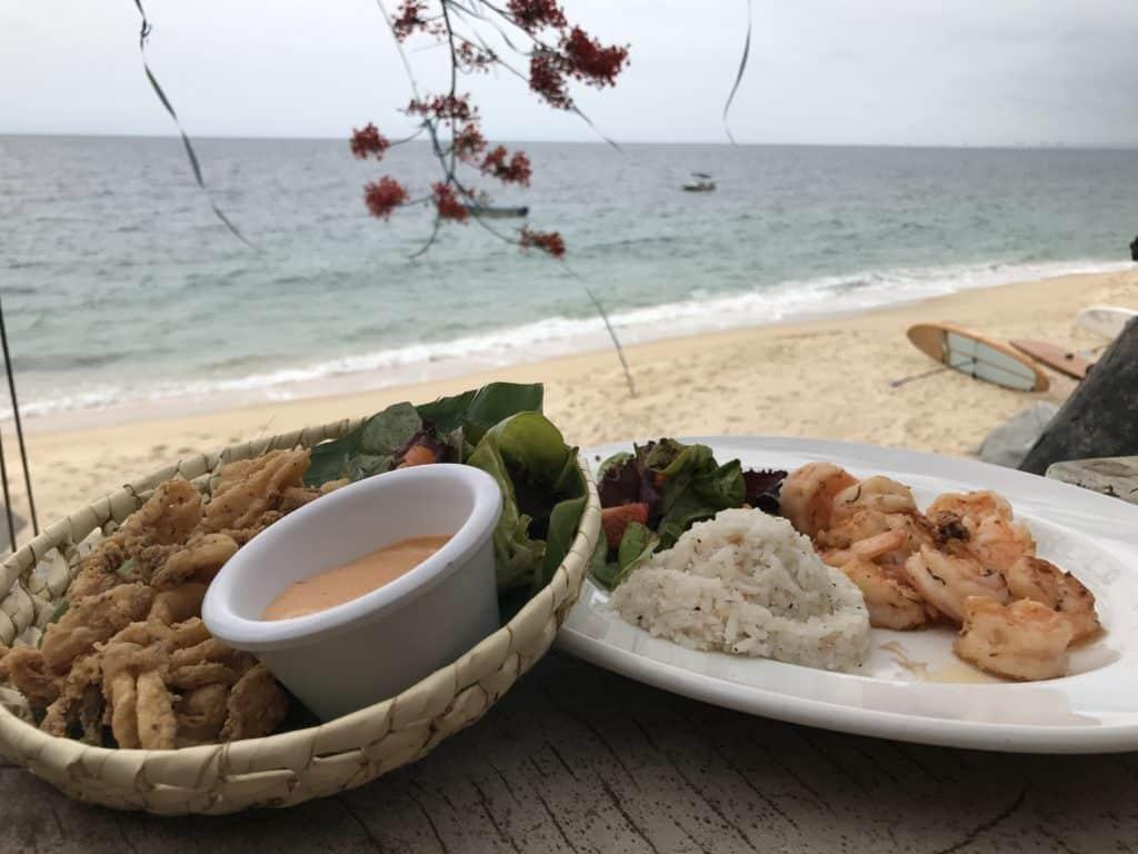 O almoço não poderia faltar, frutos do mar de frente pra praia