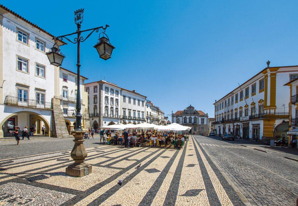 Centro Histórico de Évora em Portugal