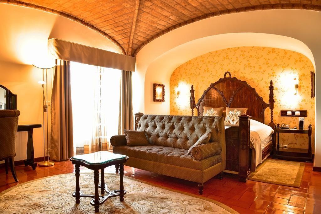 Quarto do Fortaleza do Guincho Relais & Châteaux - lua de mel em Portugal