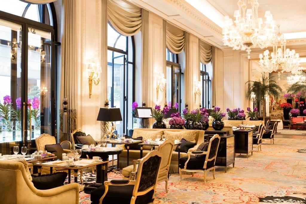 restaurante no Four Seasons Hotel George V Paris