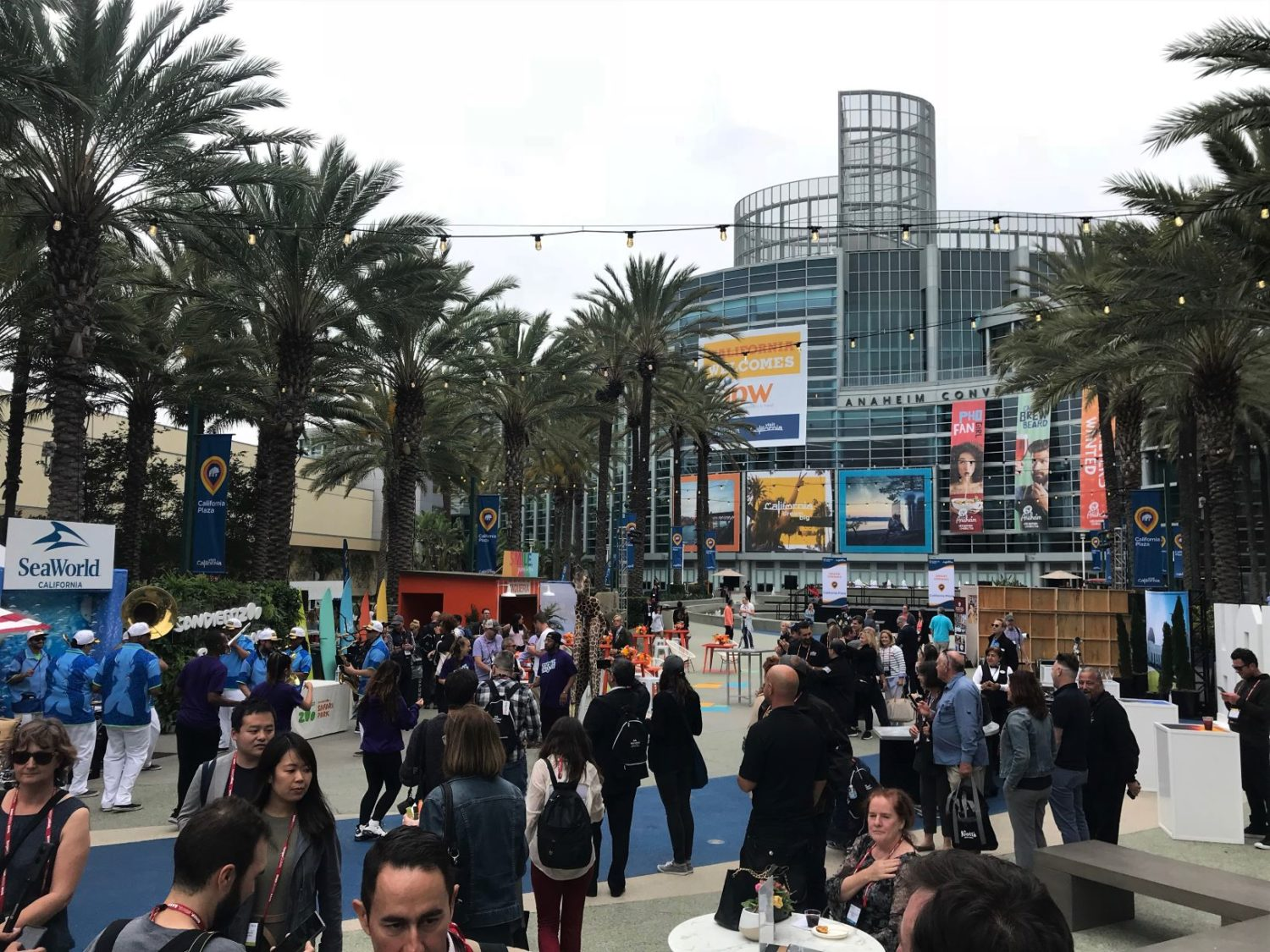 Vista do Anaheim Convention Center, onde aconteceu o IPW 2019