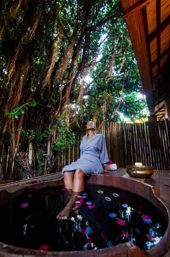 Que tal um tarde no spa para relaxar ainda mais na sua lua de mel em Morro de São Paulo!